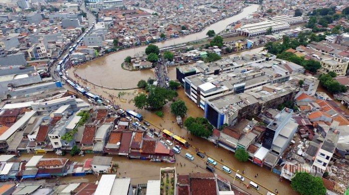 BNPB Mencatat, Korban Meninggal Banjir Jabodetabek Berjumlah 16 Jiwa