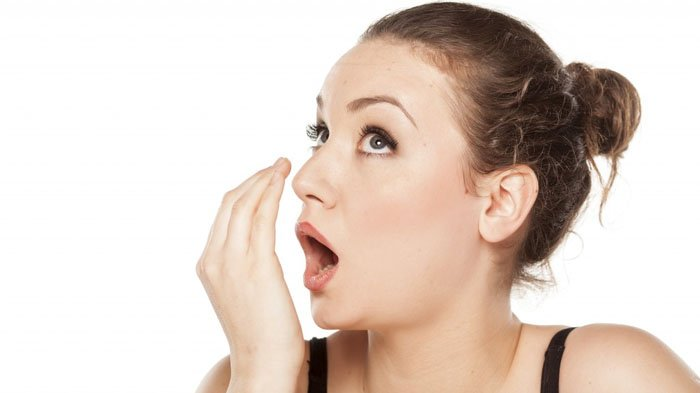 Nggak Pede Karena Bau Mulut? Simak 7 Cara Mudah Menghilangkan Bau Mulut dalam Sekejap