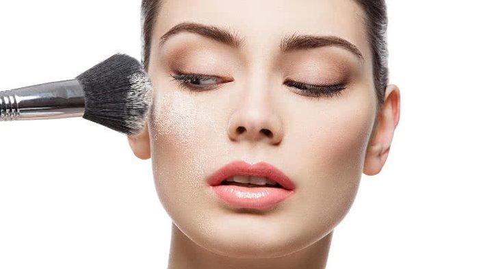 RAHASIA Make up Selalu 'On', Coba Aplikasikan Bedak Tabur sebelum Foundation, Simak Urutan Pakainya