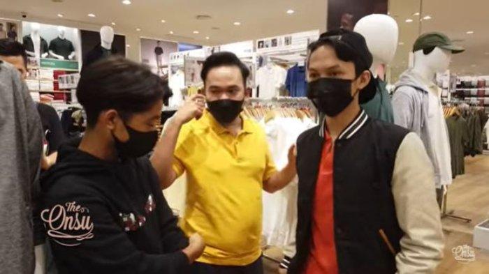 Diajak Betrand Peto Belanja Banyak Pakaian di Mall, Jejen Penjual Bakso Pikul Bingung Naik Eskalator