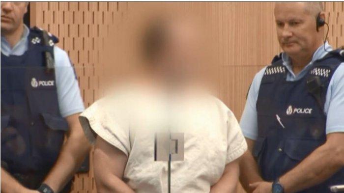 Kemunculan perdana Brenton Tarrant di Pengadilan Selandia Baru Sabtu 16 Maret 2019 setelah melakukan penembakan brutal di 2 masjid setempat.