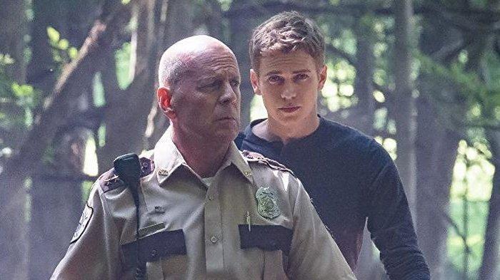 Bruce Willis dalam film First Kill.