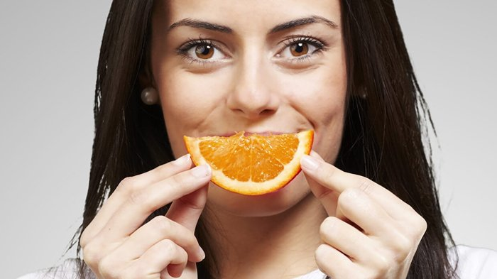 Jangan Dibuang, Kulit Jeruk Ternyata Bisa Bikin Wajah Glowing & Bersihkan Pori-pori, Ini Caranya