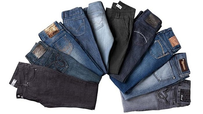 Bahan Jeans Ternyata Tidak Akan Awet Jika Dicuci dengan Air Saja, Ini 4 Cara Lain Merawatnya