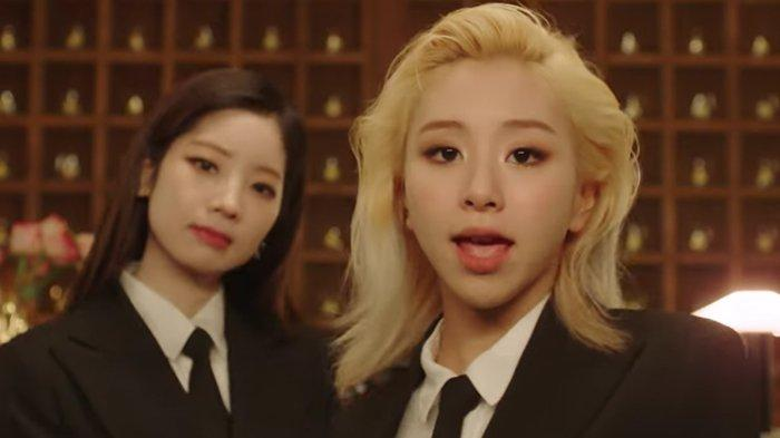 Usai Dituduh Jiplak Hanbok Jisoo, JYP Unggah Ulang MV 'Switch to Me' Dahyun dan Chaeyoung TWICE