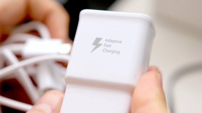 Cara Membedakan Charger Baterai Asli dan KW Pada 6 Smartphone, dari iPhone sampai Samsung
