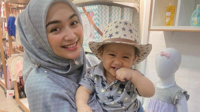 Citra Kirana Melow Tak Siap Baby Athar Cepat Besar, Bayangkan Sang Anak Pamitan Malam Mingguan