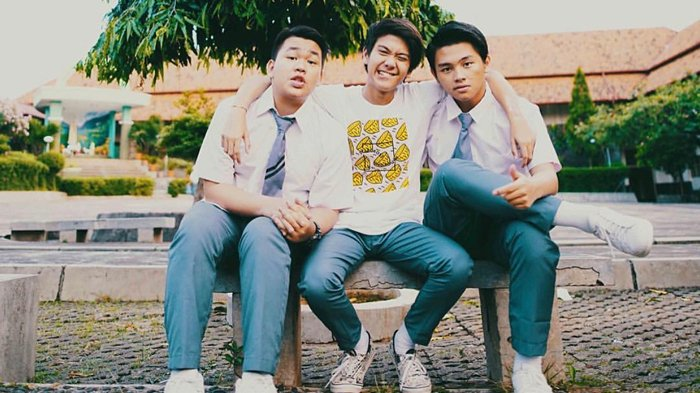 Teuku Ryzki Unggah Foto Bareng Iqbaal & Aldy dengan Caption: 'A Brand New Start' CJR Bakal Comeback?