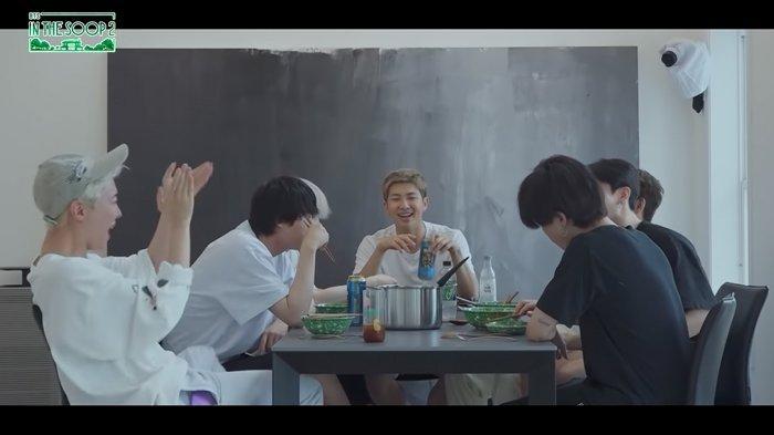Cuplikan acara reality show BTS In the SOOP season 2.