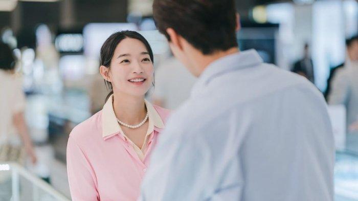 Cuplikan drama Korea Hometown Cha-Cha-Cha episode 12