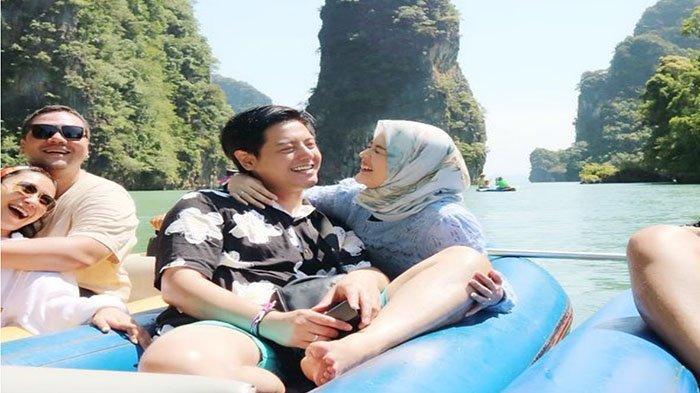 Roger Danuarta dan Cut Meyriska Honeymoon ke Thailand, Teman Marcella Simon Pamerkan Pose Mesra