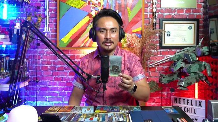 Denny Darko ramal hubungan Luna Maya dengan Dimas Beck.