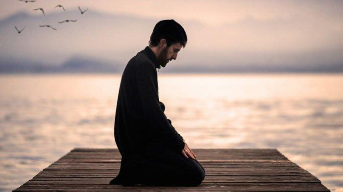Sedang Galau? Amalkan 5 Doa Penenang Hati Berikut Ini, Lebih Tenang dan Makin Dikuatkan