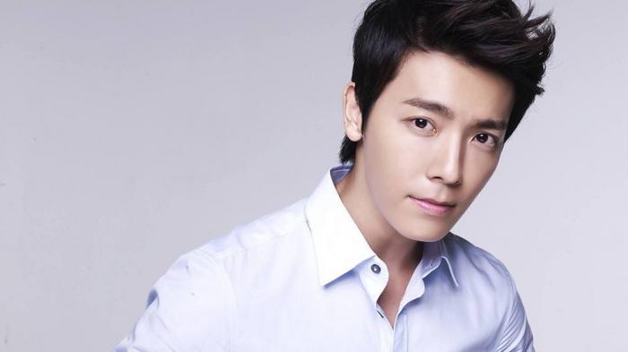 Donghae Super Junior.