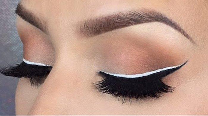 Biar Nggak Mencolok, Begini Tips Menggunakan Eyeliner Warna-Warni Agar Tampil Cantik Maksimal
