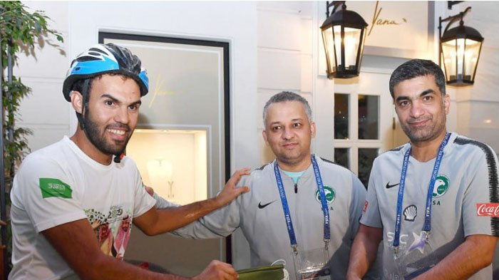 Kisah Fahd al-Yahya, Fans Arab Saudi yang Rela Bersepeda Sejauh 5.145 Km untuk Menonton Negaranya
