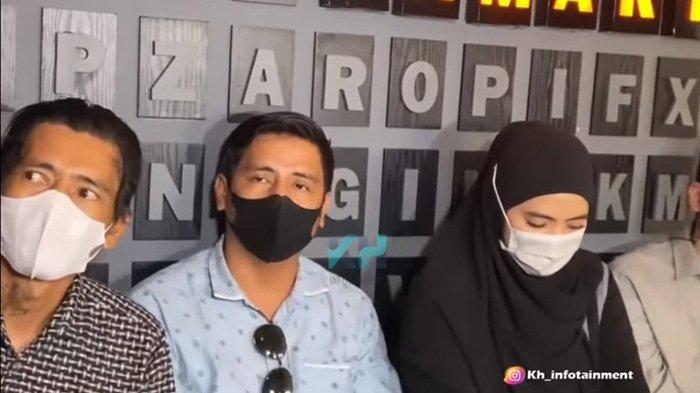 Fanca kakak dari Marlina buka suara soal penyimpangan seksual yang dilakukan ayah dari Taqy Malik.
