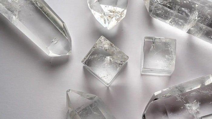 Batu-batu Kristal yang Paling Sering Digunakan untuk Feng Shui, Punya Elemen & Banyak Manfaatnya