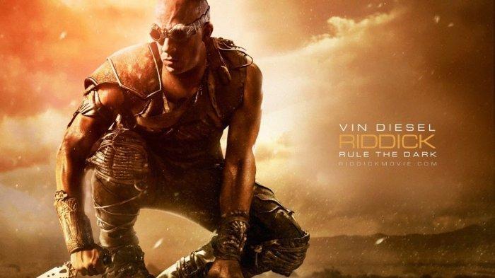 Film Riddick, dibintangi Vin Diesel.
