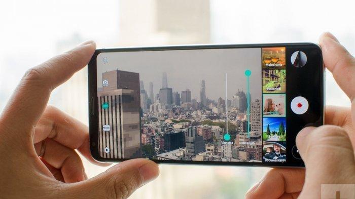 Foto-foto Lalu Diunggah ke Media Sosial Tingkatkan Kebahagiaan, Simak 5 Tips Foto Memakai Smartphone