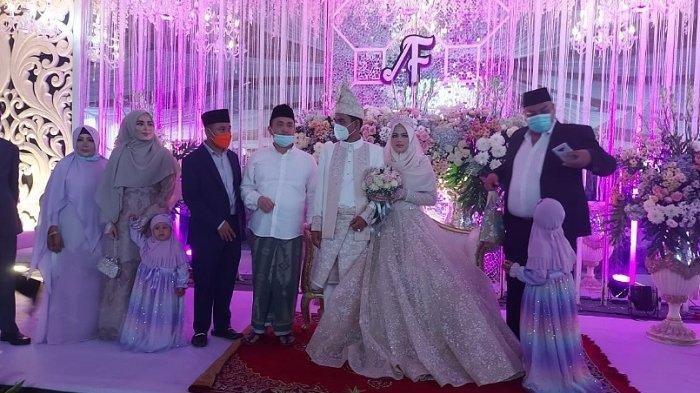 Foto resepsi pernikahan Usta Abdul Somad dan Fatimah Az Zahra