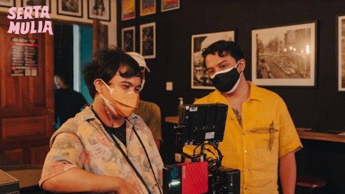 Garap film pendek Serta Mulia, Sal Priadi gandeng sutradara Aco Tenri.