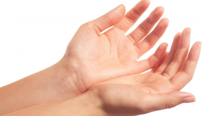 POPULER 6 Cara Mengatasi Tangan yang Kering, Halus dan Lembab dengan Perawatan Sederhana