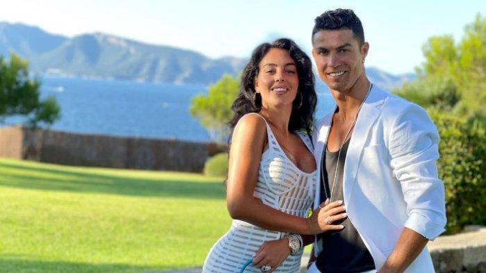 Karyawan Toko Paling Beruntung, Begini Kisah Pertemuan Georgina Rodriguez dengan Cristiano Ronaldo