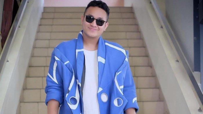 Gilang Dirga laporkan netizen yang mengaku sebagai fans Leslar dan menghujatnya