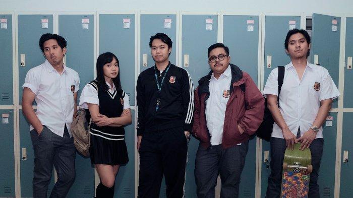 Nostalgia Kisah Cinta Masa SMA Lewat Lagu 'You Let Her Go Again' dari Reality Club