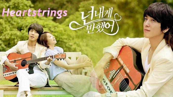 10 Rekomendasi Drakor alias Drama Korea Tentang Percintaan di SMA & Kampus yang Sukses Bikin Baper