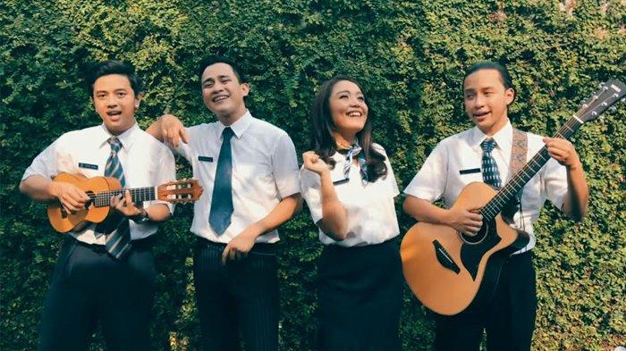 Bangkitkan Semangatmu dengan Lagu Jatuh Bangkit Kembali, HIVI!, Ini Chord/ Kunci Gitarnya, Mudah kok