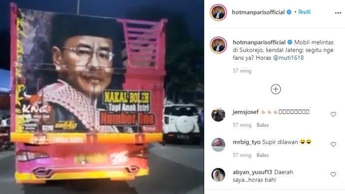 Hotman Paris tunjukkan wajahnya terpampang di belakang truk