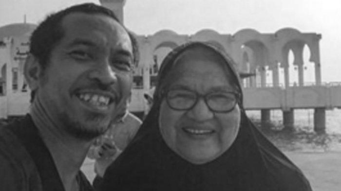 Innalillahi, Ridho Slank Berduka, Sang Ibunda Meninggal Dunia di Usia 87 Tahun, Dimakamkan Sore Ini