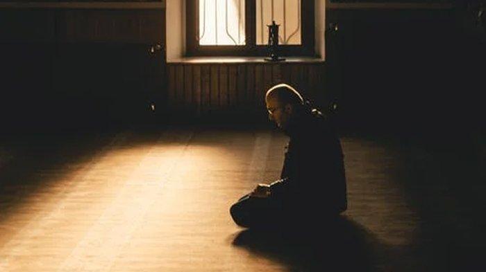 Tentramkan Hati Sebelum Tidur saat Ramadhan, Ini Bacaan Dzikir Malam Lengkap Arab dan Latinnya