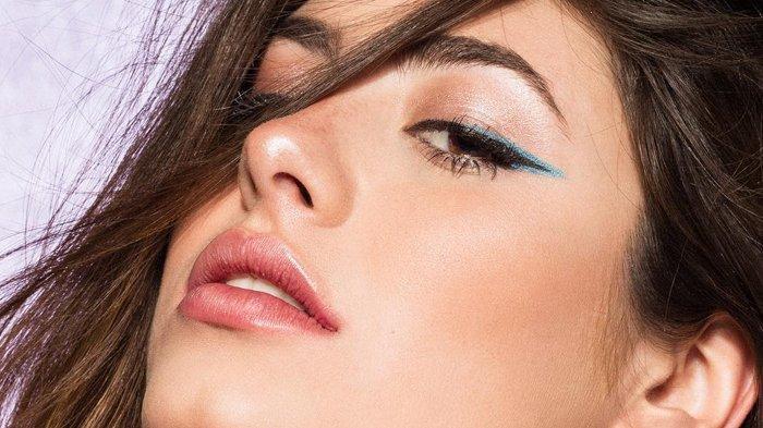 Tips Mengaplikasikan Eyeliner Sesuai Bentuk Mata, Nggak Sembarangan Lho!