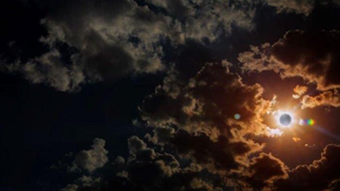 Gerhana Matahari Cincin 10 Juni 2021, 4 Zodiak Ini Terima Nasib Pahit: Asmara Sagitarius Terguncang