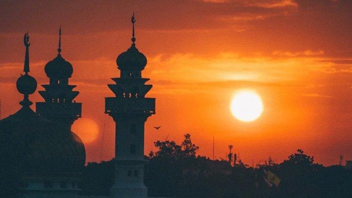 JADWAL Buka Puasa dan Azan Magrib Hari Ini Sabtu 1 Mei 2021, DKI Jakarta dan Sekitarnya