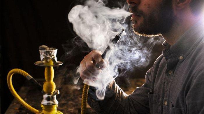 Dipercaya Tak Berbahaya, Ternyata Menghisap Shisha Lebih Berbahaya dari Rokok