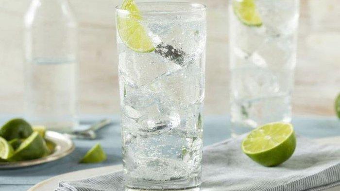 8 Manfaat Tak Terduga Konsumsi Air Perasan Jeruk Nipis, Perut Kenyang Seharian Hingga Cegah Kanker