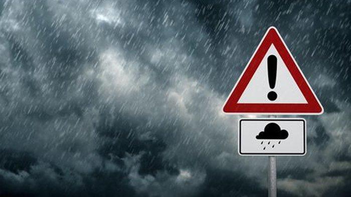 Prakiraan Cuaca Besok Minggu, 13 Desember 2020, Hujan di Seluruh Pulau Jawa & DKI Jakarta