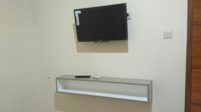 Ilustrasi ruang menonton tv