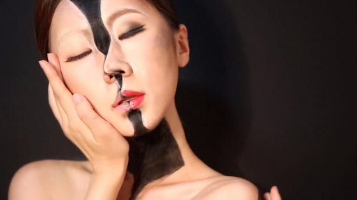 Selebgram Korea - Gokil! Cewek Ini Lakukan Ilusi Mata Menggunakan Make Up