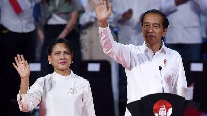 Viral Foto Jadul Jokowi Massa Muda Makan di Saung, Penampilan Iriana Langsung Cuti Perhatian!
