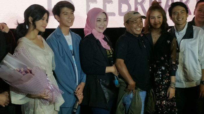 Istri Ridwan Kamil Tonton Premier Milea: Suara dari Dilan, Iqbaal Dibuat Tersipu Lewat Gombalannya