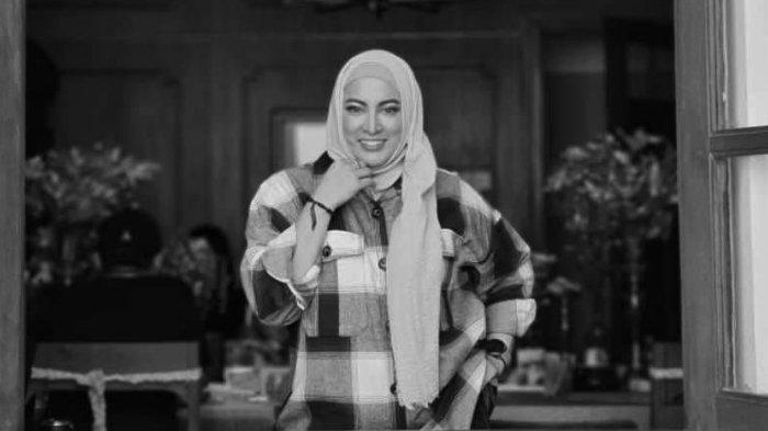 Jane Shalimar dimakamkan di TPU Jeruk Purut