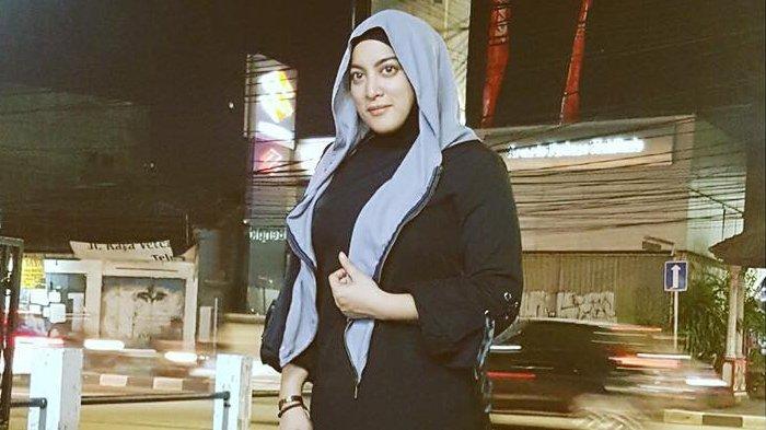 Jane Shalimar Ungkap Sosok Suami Baru, Nia Ramadhani: Bukan Suami Orang Kan?