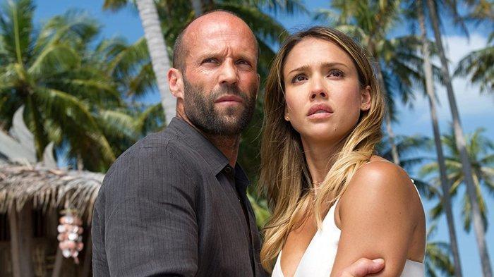 Jason Statham dan Jessica Alba dalam film Mechanic: Ressurection.