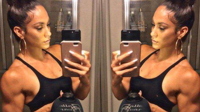 4 Kunci Rahasia Jennifer Lopez yang Membuatnya Tetap Awet Muda & Glowing di Usia 50 Tahun