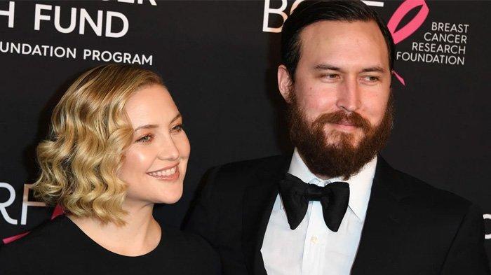 Selamat! Kate Hudson dan Danny Fujikawa Resmi Bertunangan Setelah 5 Tahun Bersama: 'Let's Go!'